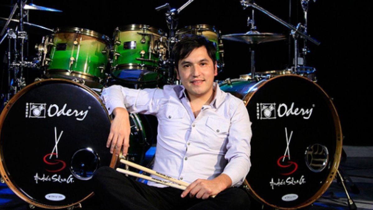 Andrés Silva, el músico que se transformó en el camaleón de la batería