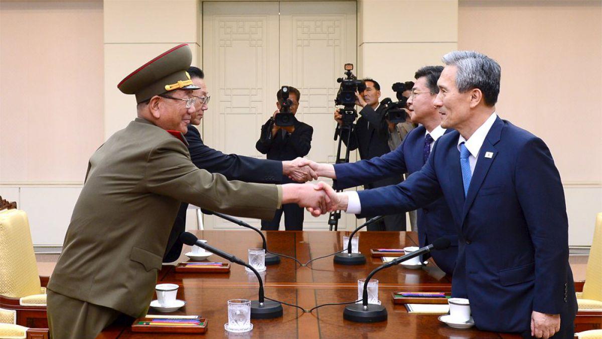 Las dos Coreas retoman diálogo tras tenso clima | Tele 13