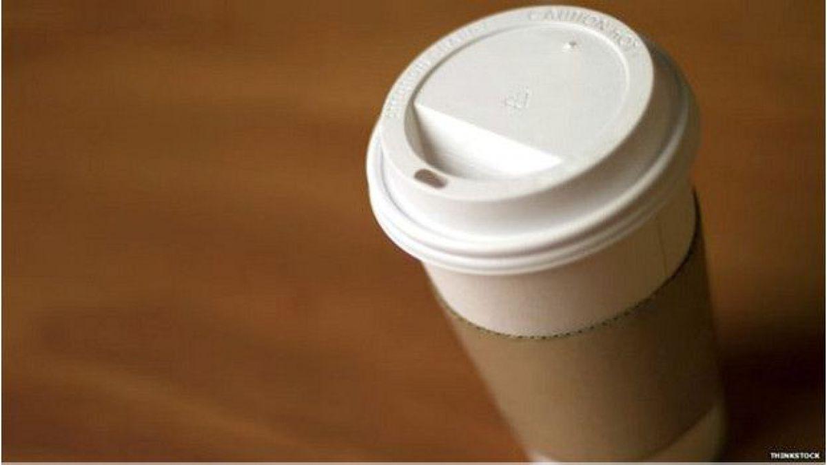 Por qu se derrama el caf que compramos para llevar for Cafe para llevar