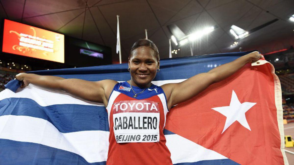 Denia Caballero ofrece a Cuba primer título mundial de la historia en disco