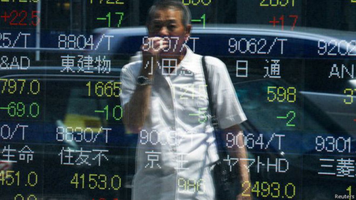 """En el """"lunes negro"""" la bolsa china perdió 8,5% de su valor."""