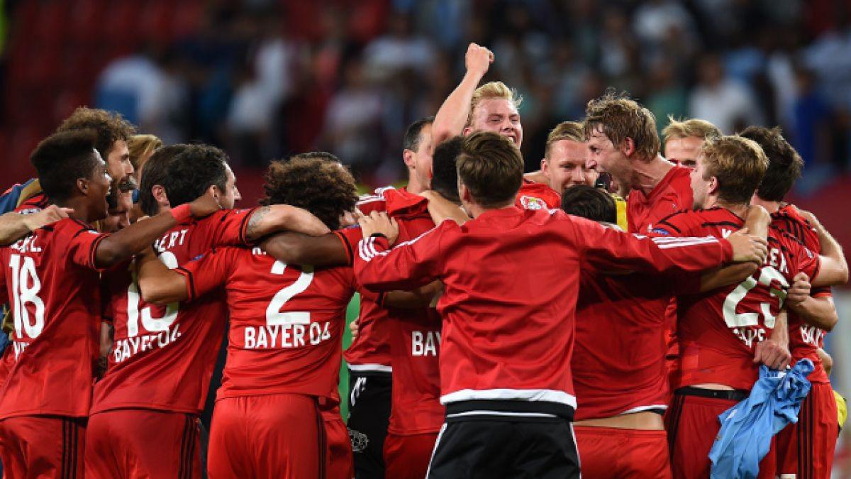 Bayer Leverkusen de Aránguiz clasifica a la fase de grupos de la Champions League