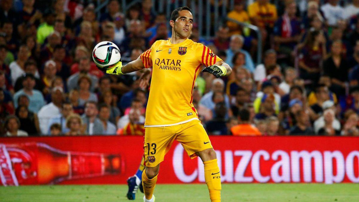 Claudio Bravo retorna a la titularidad en FC Barcelona en caída ante Sevilla