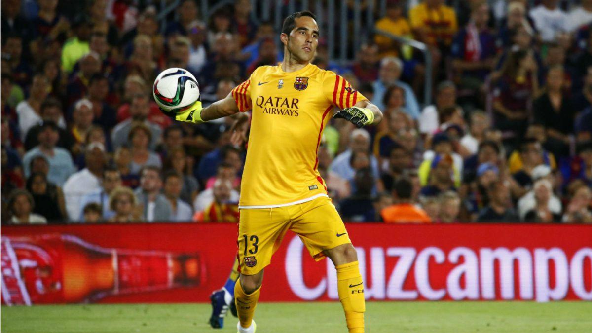 FC Barcelona destaca que Claudio Bravo es un muro en la portería