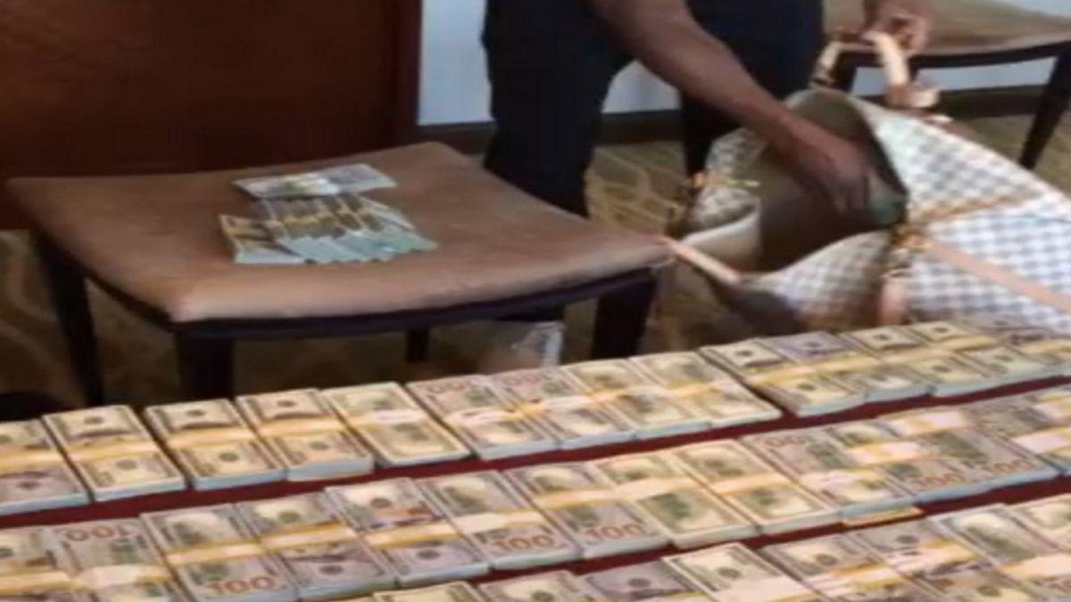 [VIDEO] Floyd Mayweather hace alarde de sus millones en Instagram