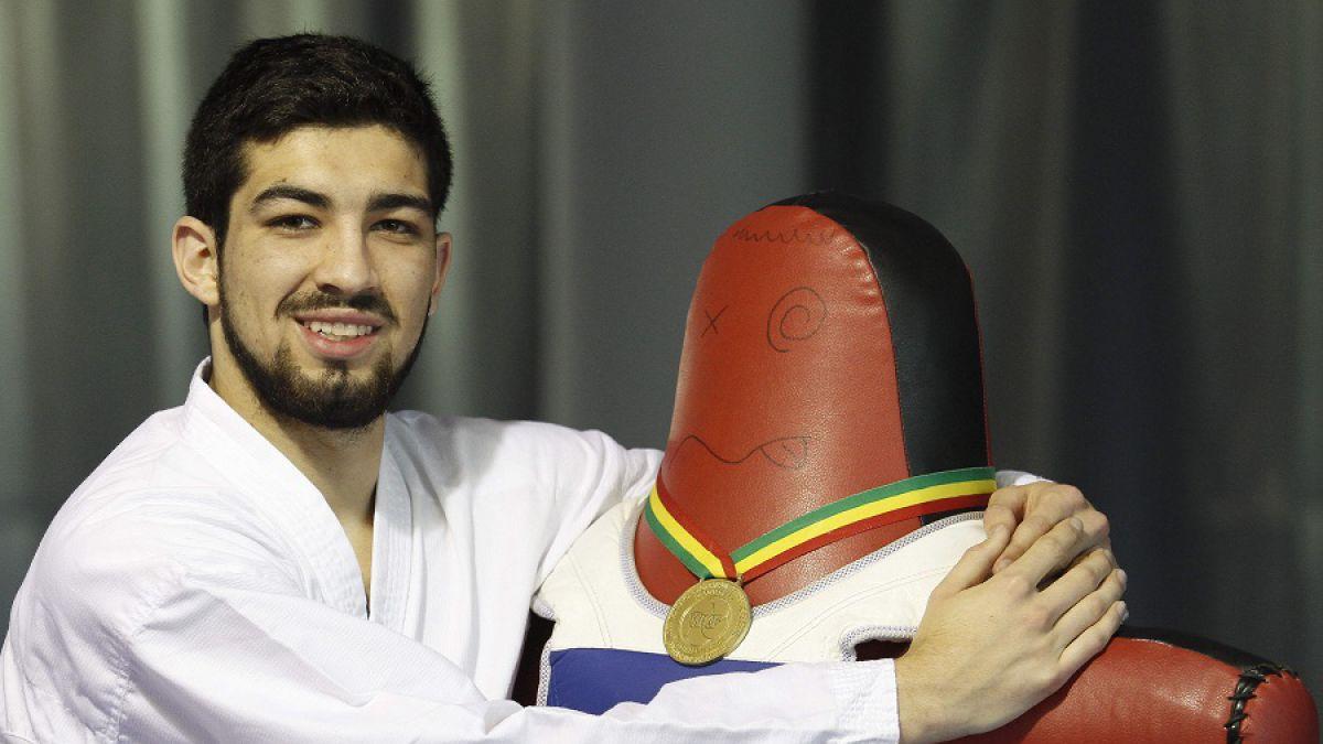 Karateca Felipe Menares gana Panamericano y es número uno del mundo