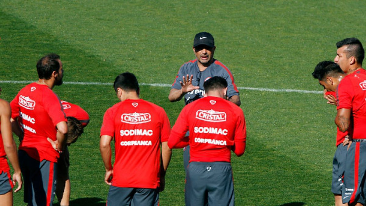 Jorge Sampaoli ensaya probable once en la práctica abierta