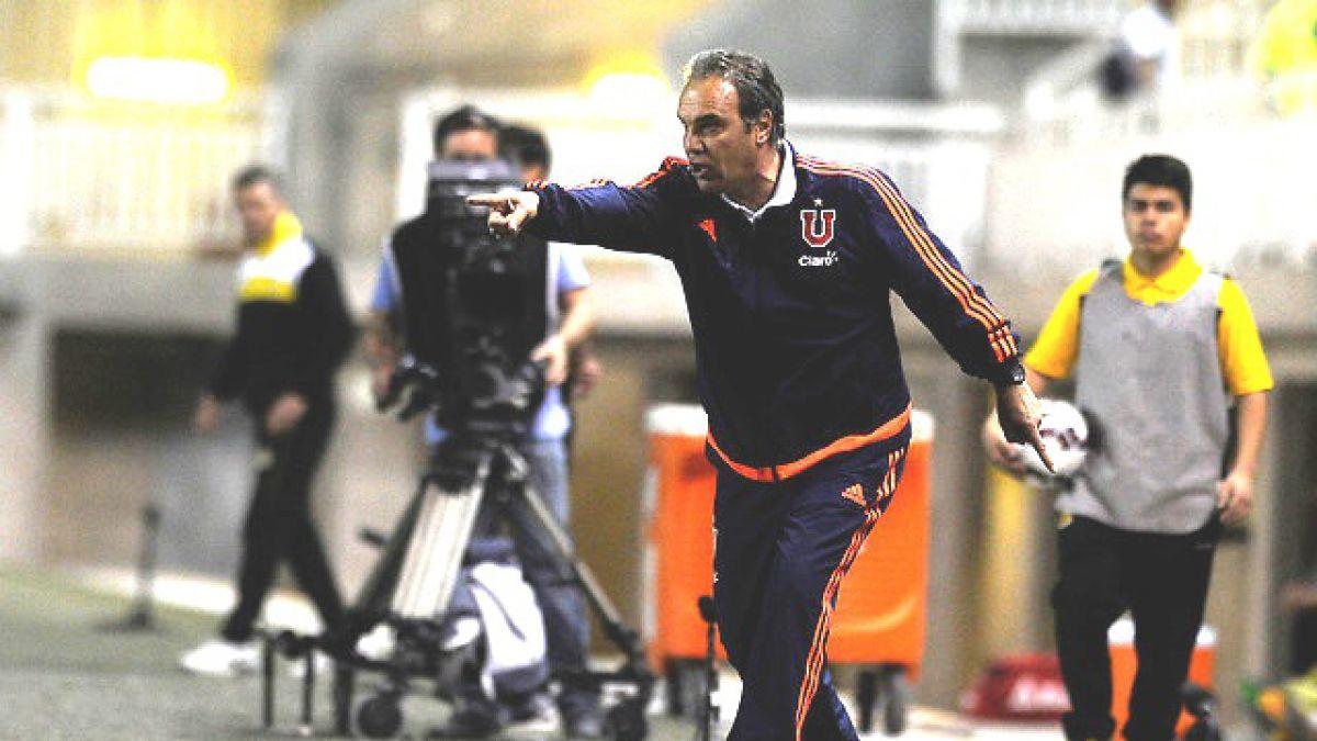 """Lasarte anuncia cambios tras caída de la U y dice que dirigencia """"está preocupada"""""""