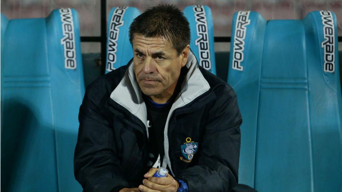 Técnico de Antofagasta renuncia tras ser goleado como local