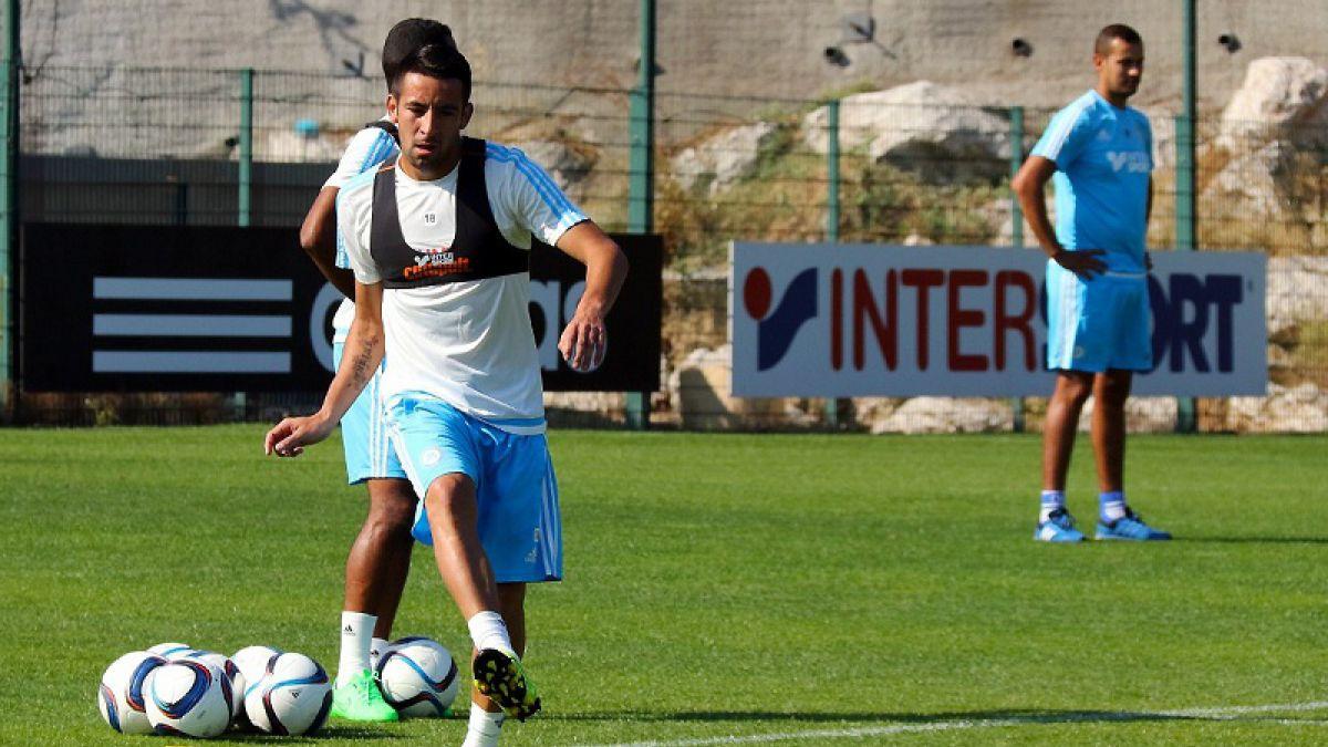 Mauricio Isla anota de cabeza su primer gol en Marsella