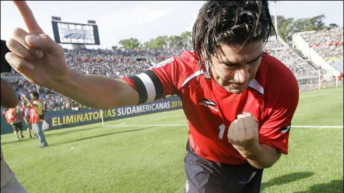 Las nuevas celebraciones del FIFA 16 homenajean a Marcelo Salas
