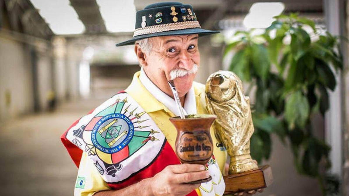 Muere Clovis Acosta Fernandes: El mítico fanático de la selección brasileña de fútbol