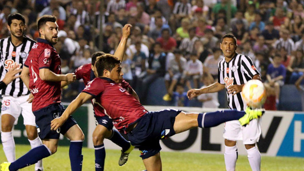 Universidad Católica no puede ante Libertad y le dice adiós a la Copa Sudamericana