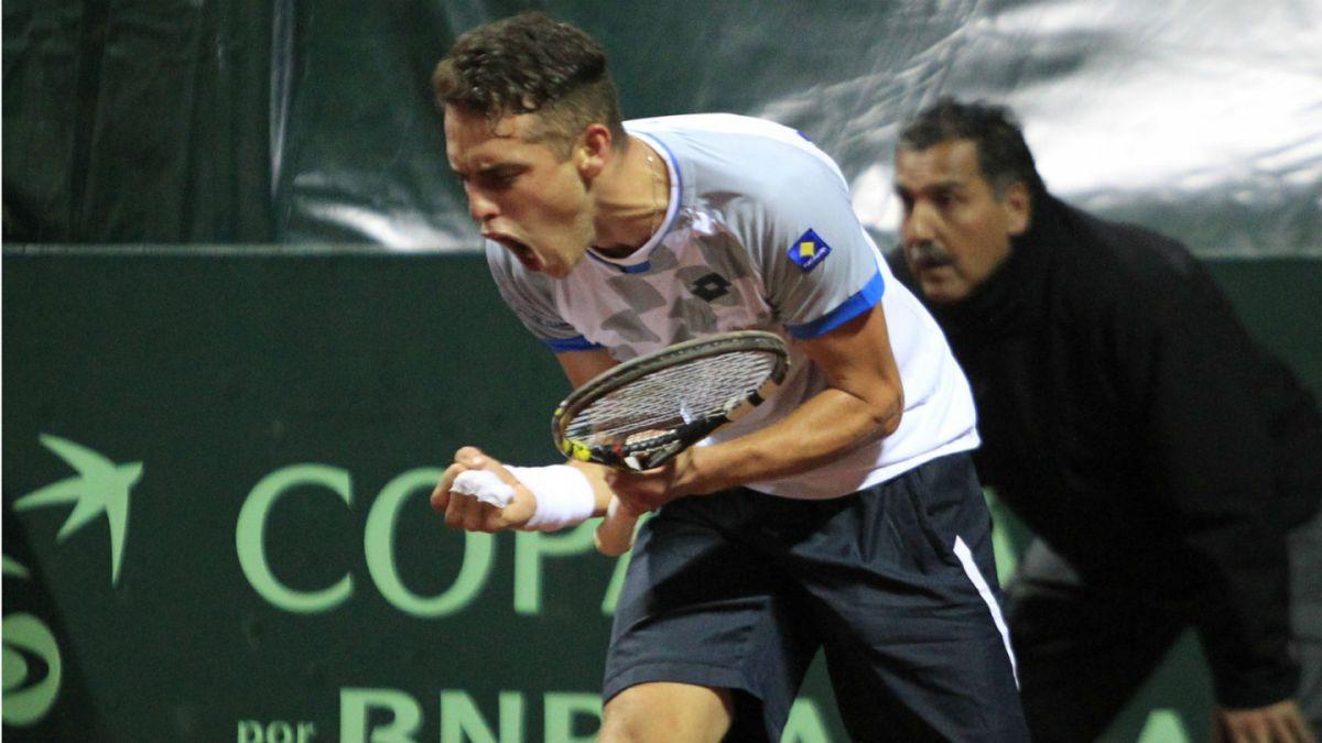 Juan Carlos Sáez gana cuarto punto y aumenta invicto de Chile en Copa Davis