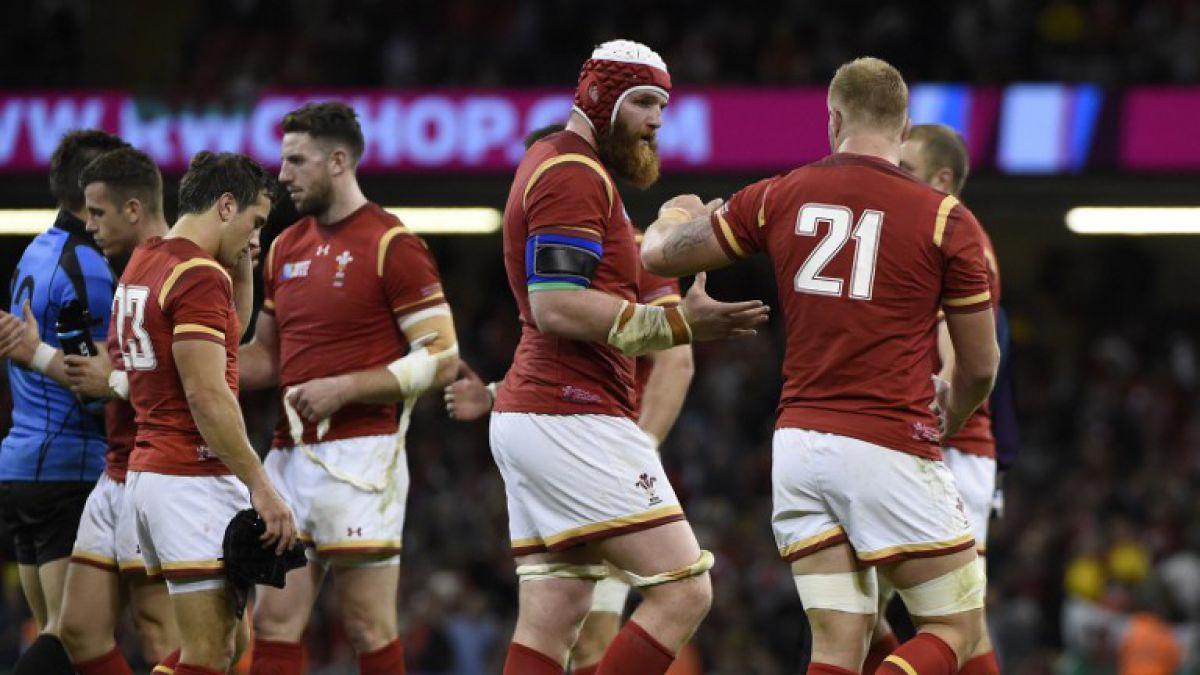 """Gales arrasa en debut a Uruguay en """"Grupo de la Muerte"""" del Mundial de Rugby"""