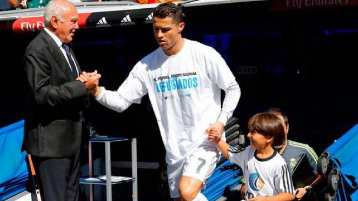 [VIDEO] El conmovedor gesto de Cristiano Ronaldo con el niño sirio golpeado por camarógrafa