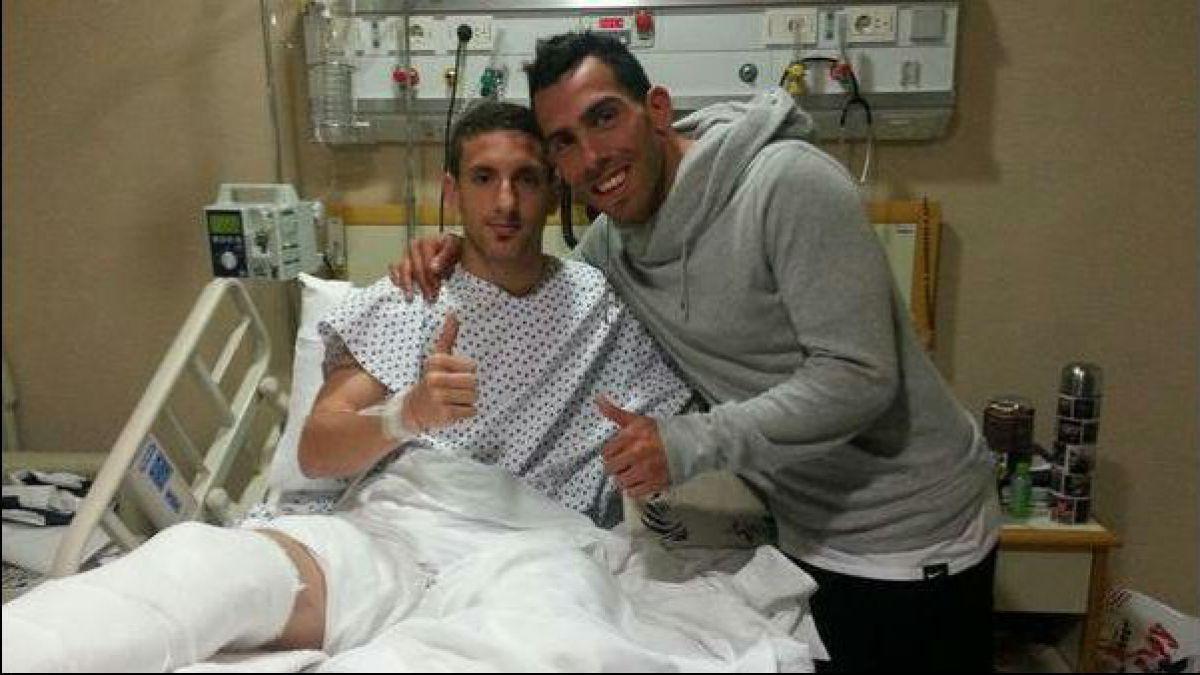 Gracias Carlitos por venir: Así recibió a Tevez el jugador fracturado por el Apache