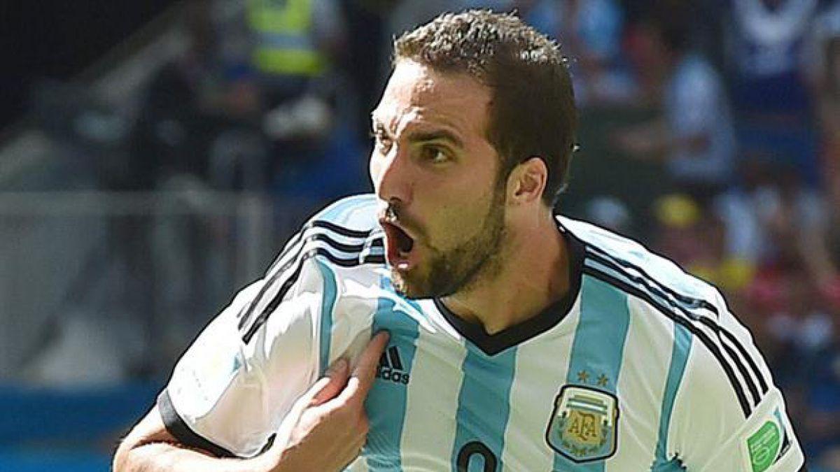 Delantero que erró penal en final con Chile queda fuera de nómina de Argentina