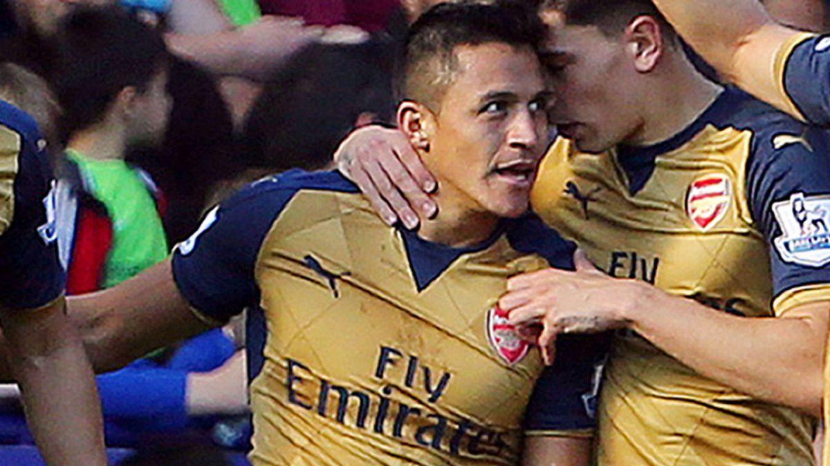 Récord de Alexis: Único jugador en la historia en marcar tripletes en Inglaterra, Italia y España