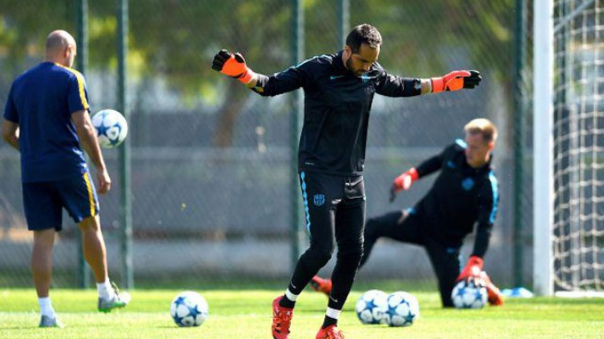 DT del Barcelona anuncia que Claudio Bravo ya está a disposición