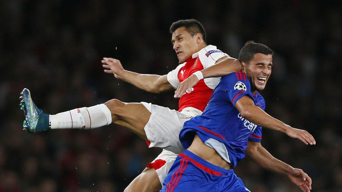[VIDEO] El gran pase de Alexis en el gol de Arsenal FC ante Olympiacos