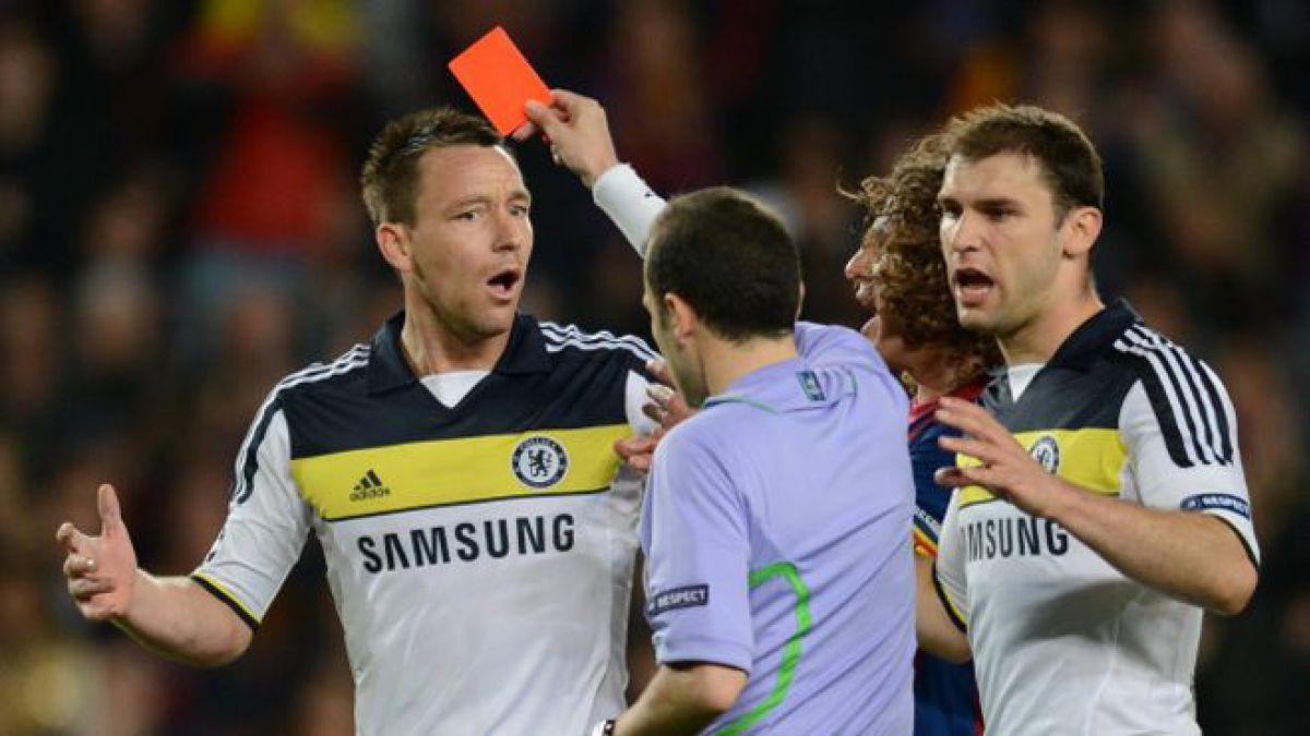 John Terry fue expulsado en la semifinal de la Champions League en 2012, pero Chelsea pudo remontar para eliminar al Barcelona.