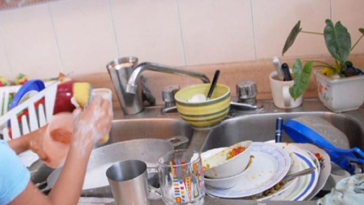Estudio Afirma Que Lavar Platos Hace Bien Para La Salud