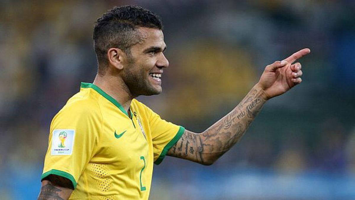 Dani Alves apuesta: No creo que Chile sea más favorito que Brasil