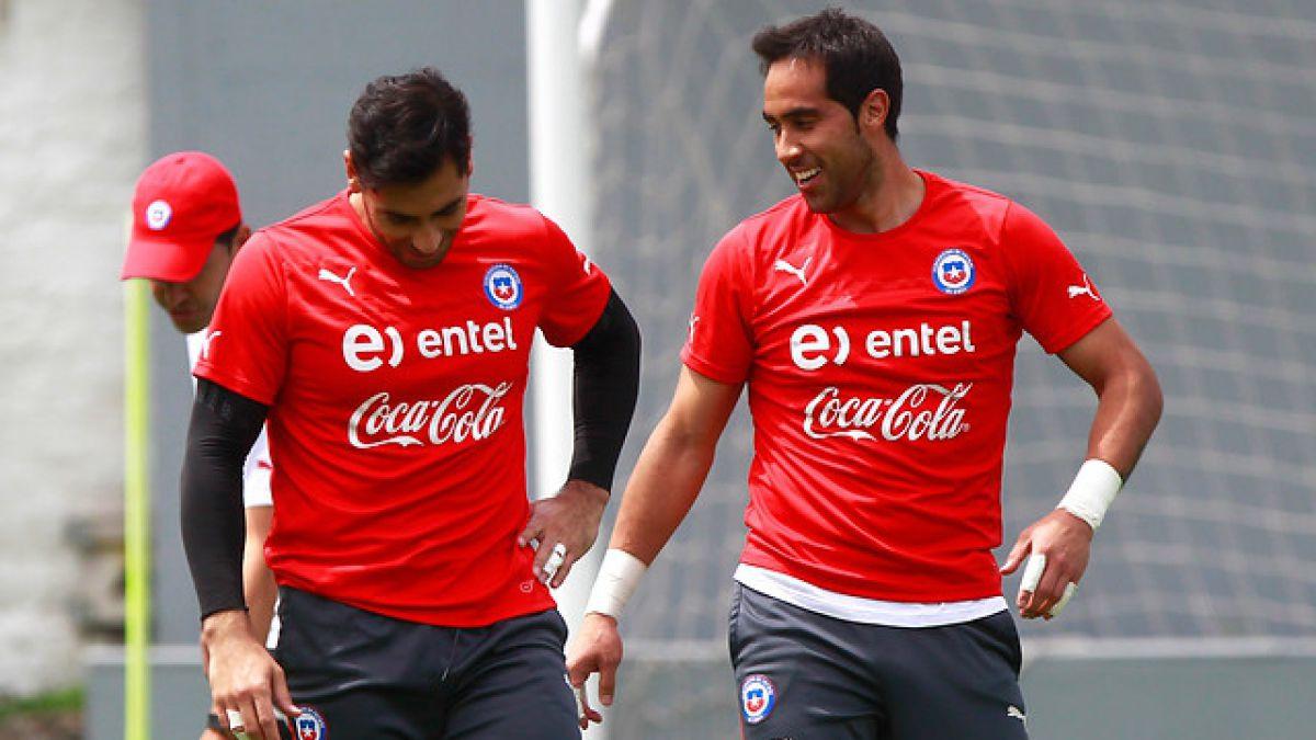 Johnny Herrera cumple condena y podrá jugar sin problemas por la Roja