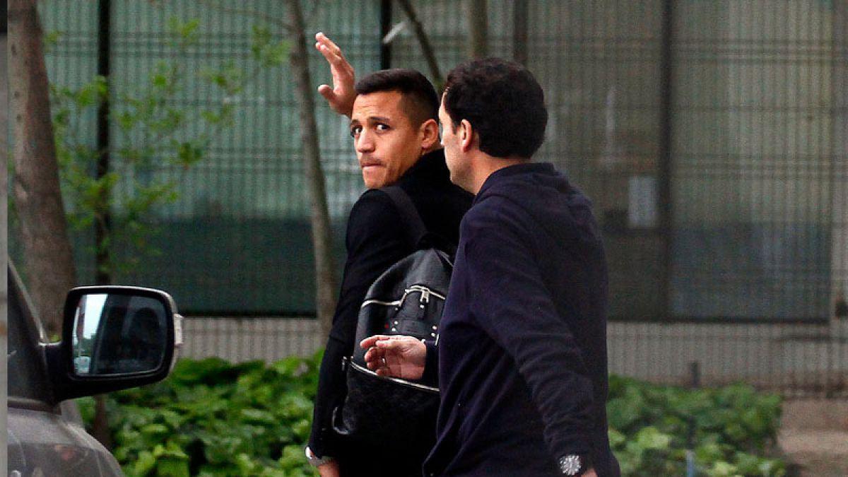[VIDEO] Alexis, Vidal y Fernández ya están en Chile