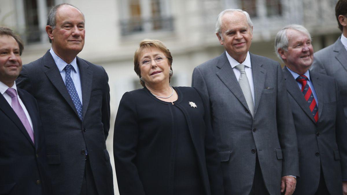 Presidenta Bachelet se encuentra con empresarios en aniversario del CEP