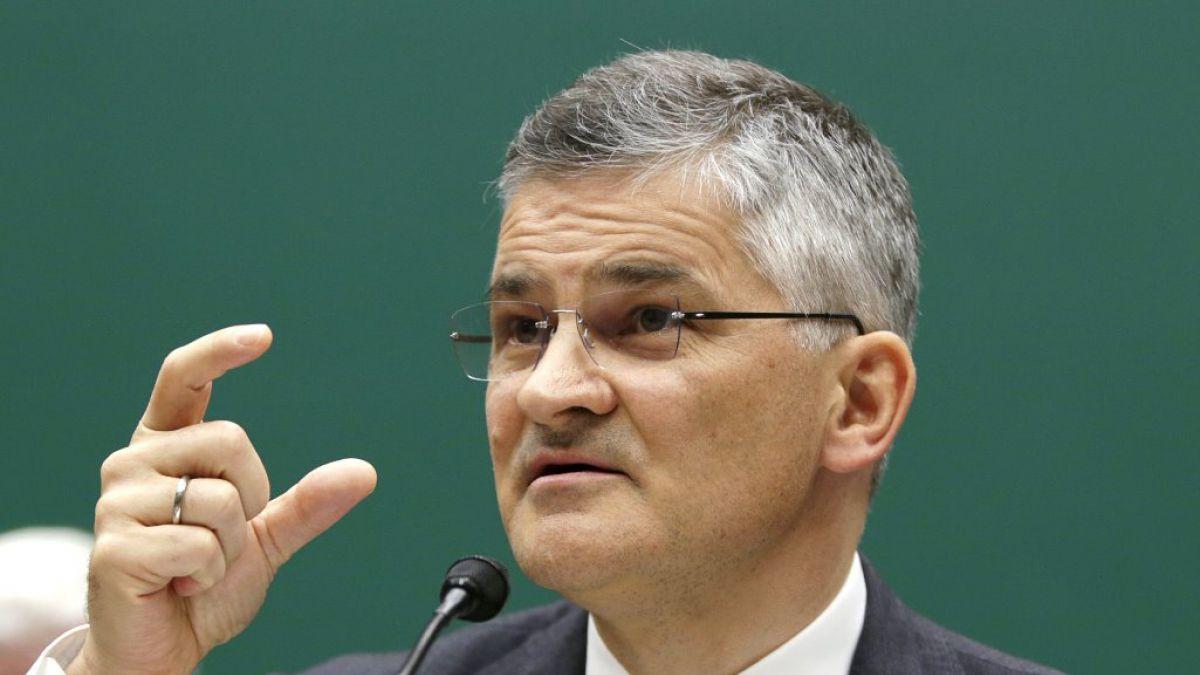 Michael Horn compareció durante dos horas ante un grupo del Comité de Energía y Comercio de la Cámara de Representantes.