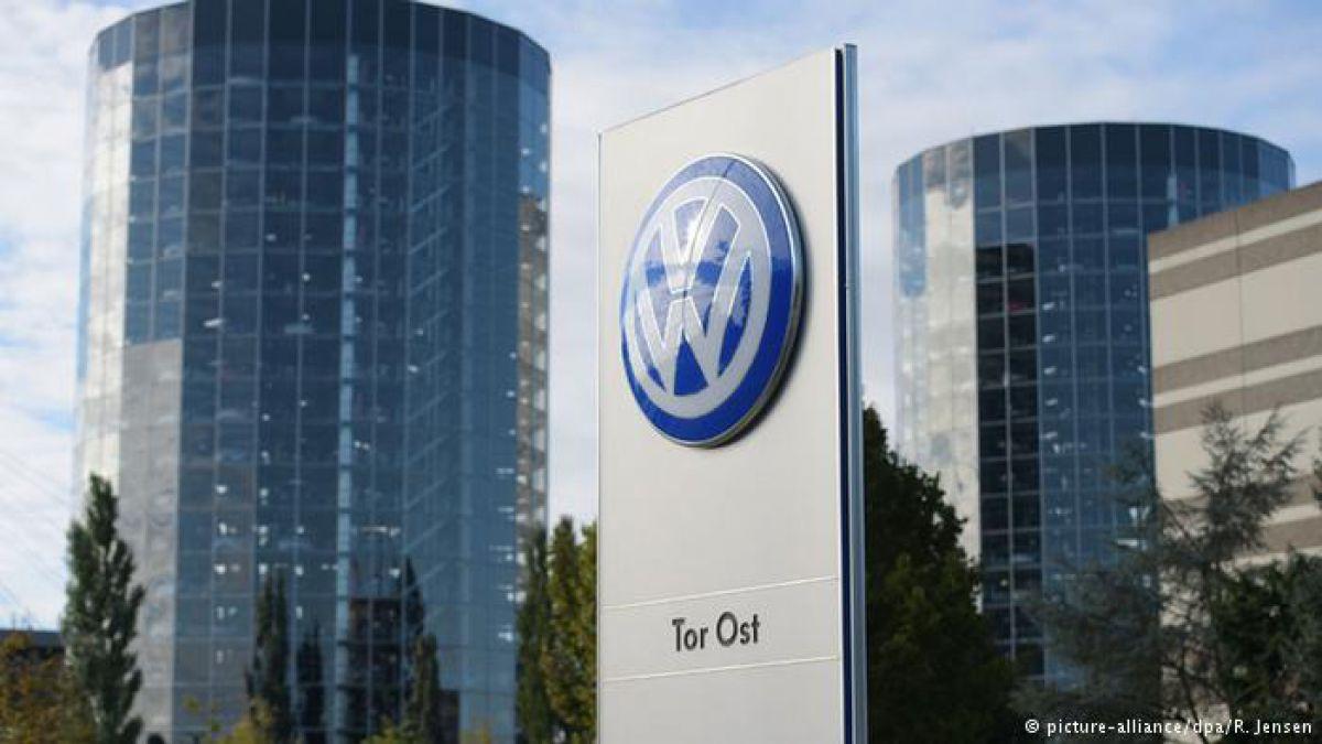 Registran oficinas de VW por escándalo de manipulación
