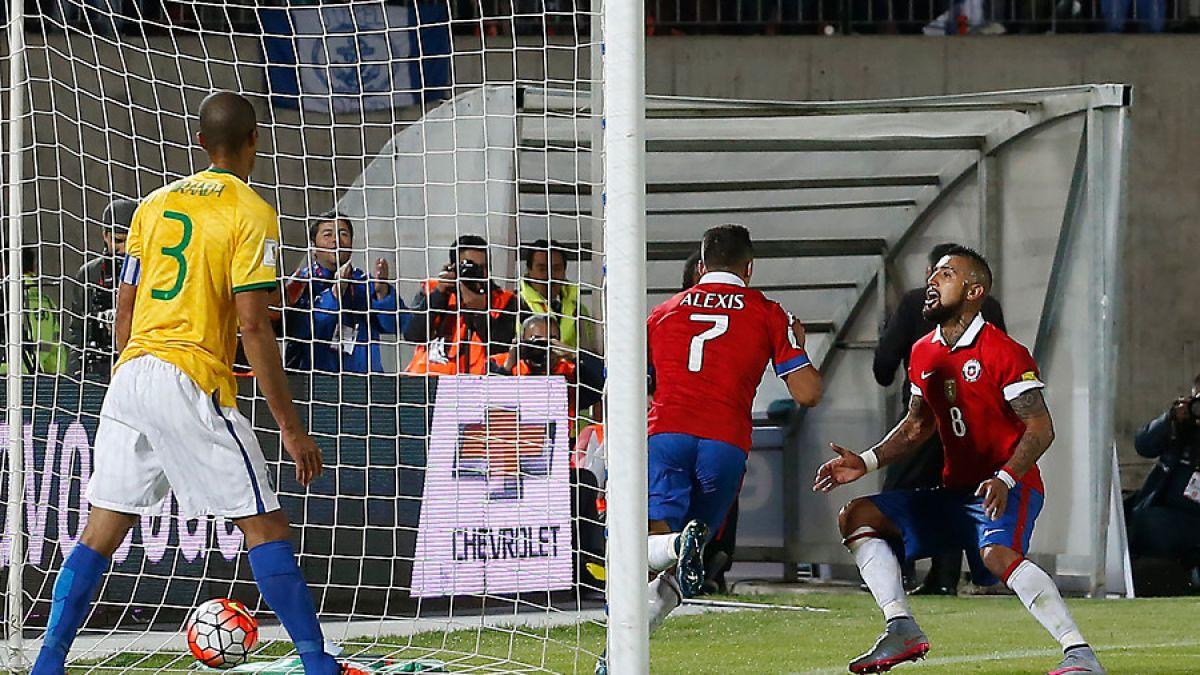 """Prensa brasileña destaca que selección chilena """"dominó"""" al pentacampeón"""