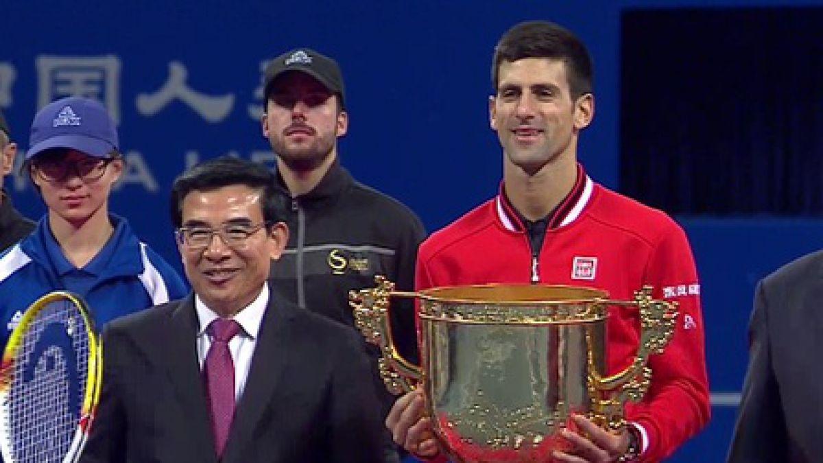 Djokovic arrolla a Nadal en la final y es campeón en Beijing