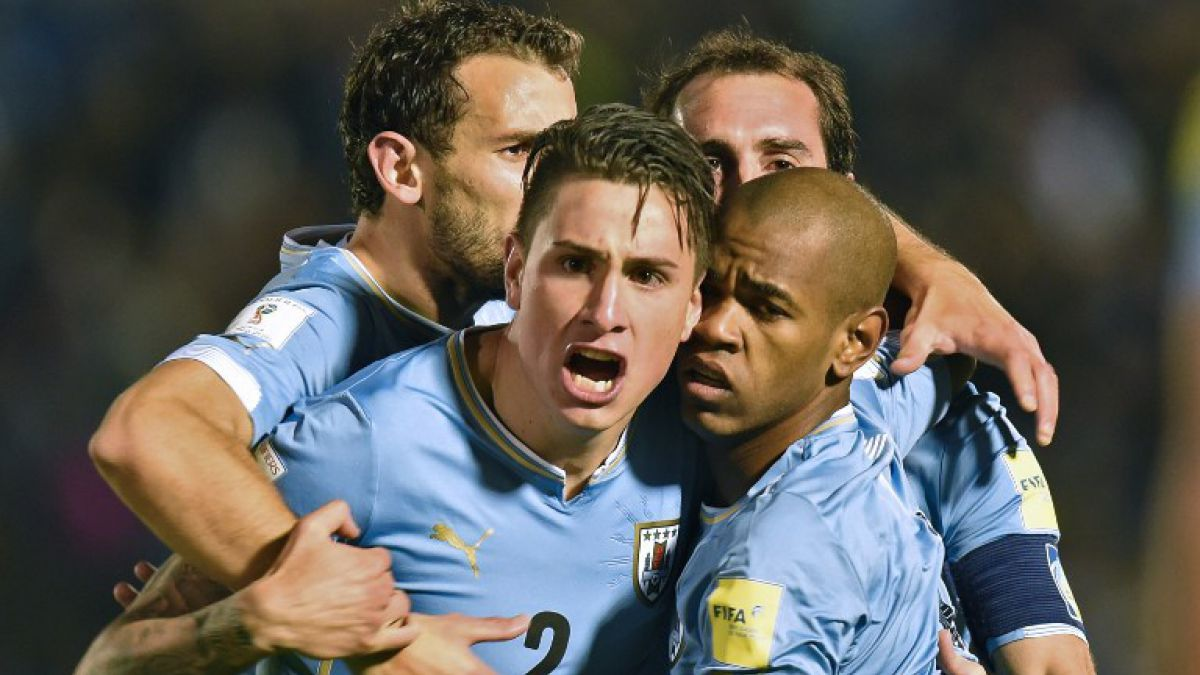Uruguay se instala en el primer lugar tras golear a Colombia