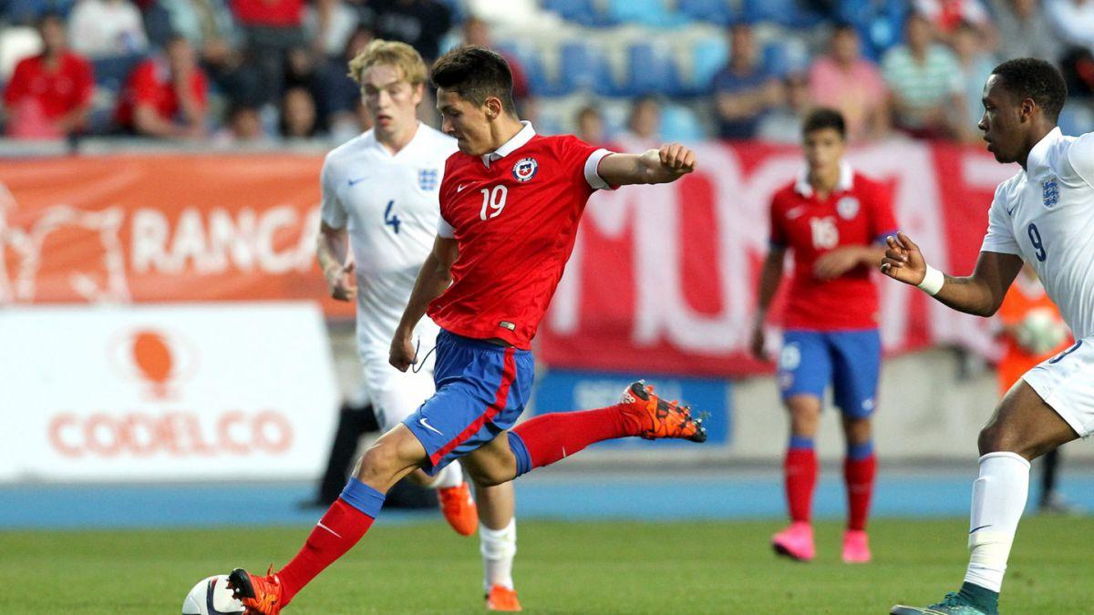 Árbitro qatarí dirigirá debut de Chile frente a Croacia
