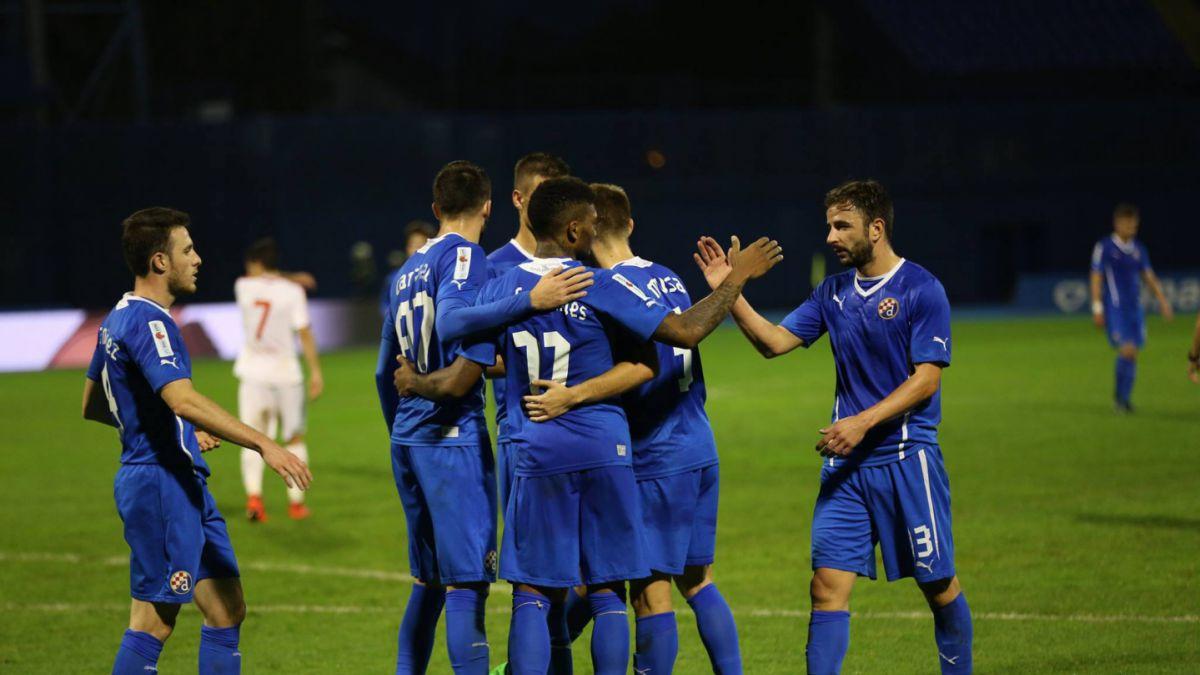 Goles chilenos en Croacia: Fernandes y Henríquez anotaron para el Dinamo Zagreb
