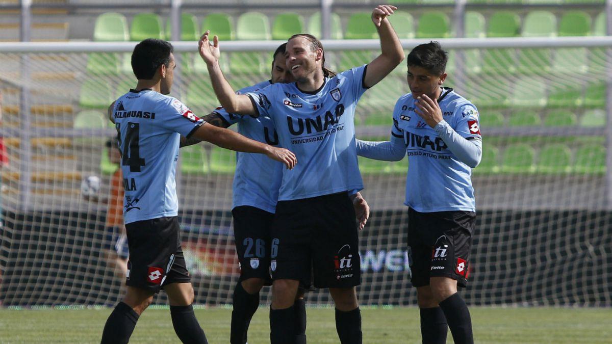 Deportes Iquique rescata agónico empate ante Wanderers en Valparaíso