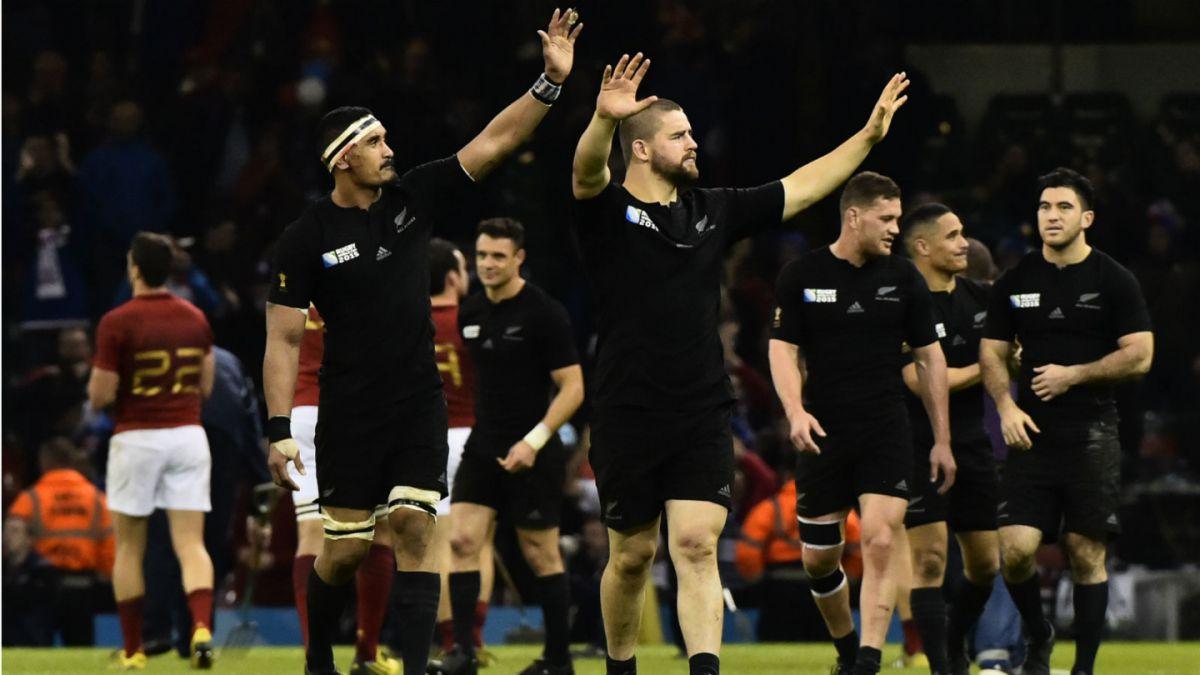 Nueva Zelanda humilla a Francia y pasa a semifinales del Mundial de Rugby