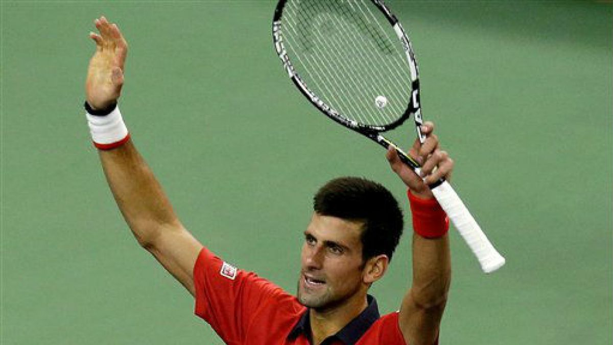 Djokovic gana el Masters de Shanghai y suma su noveno título del año