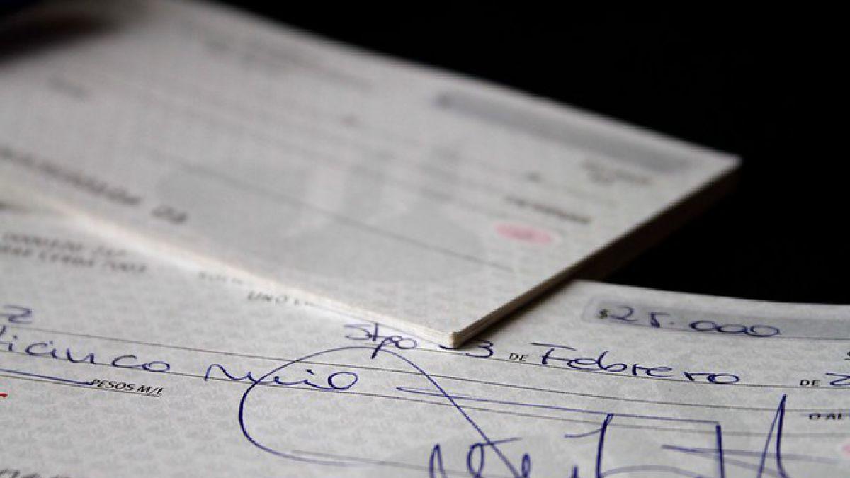 SBIF publica norma que modifica formato y seguridad de cheques