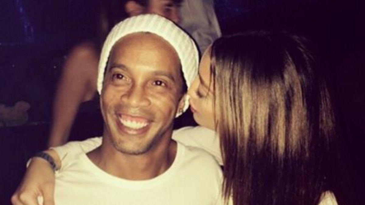 La acalorada noche de fiesta de Ronaldinho junto a la Miss Serbia