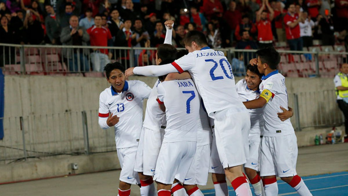 """Arturo Vidal envía arenga a la """"Roja"""" Sub 17 para duelo clave con EE.UU."""