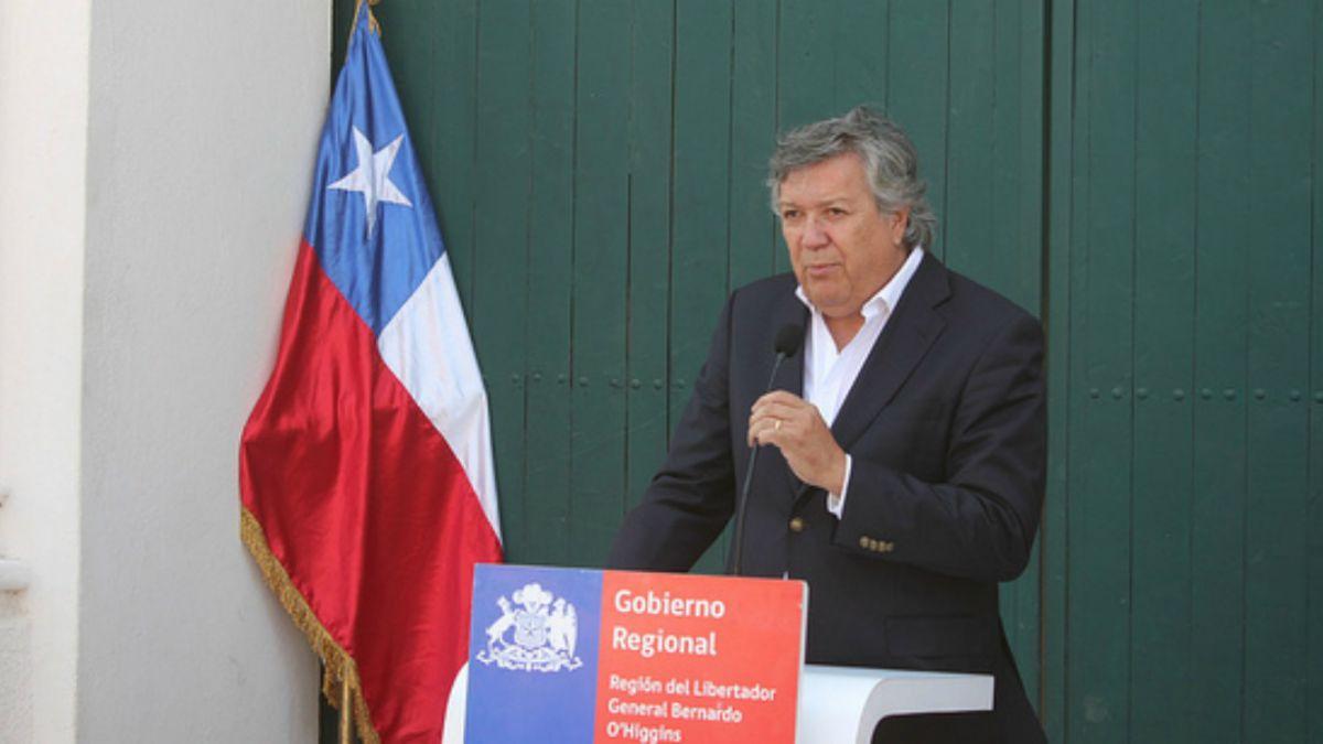 Alcalde de Rancagua renuncia a la UDI:  El partido requiere de una cirugía profunda