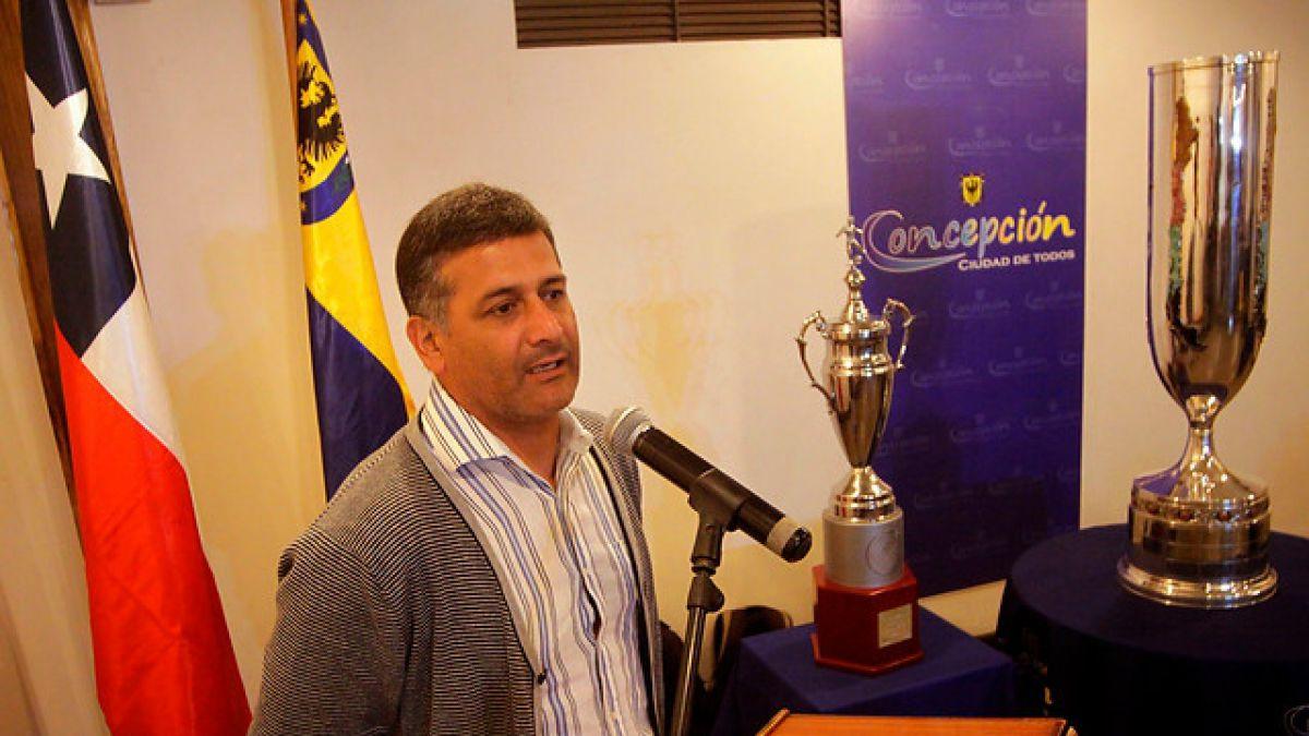 Ronald Fuentes extiende su contrato con Universidad de Concepción