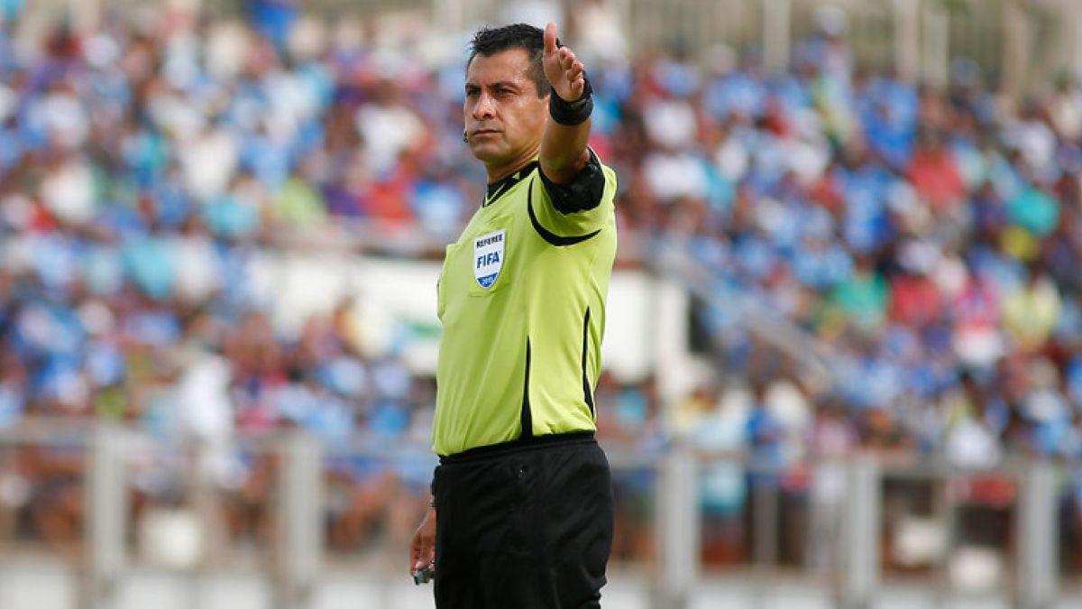 Árbitro chileno Julio Bascuñán dirigirá el duelo entre Perú y Paraguay por las Clasificatorias