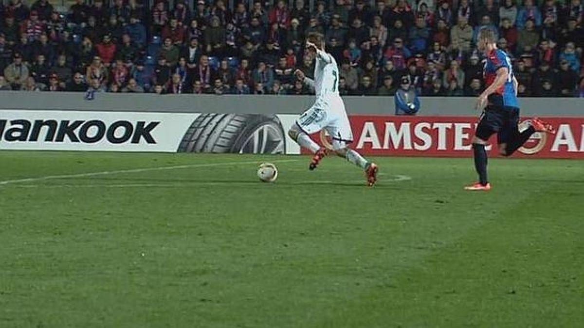 Volante austriaco deslumbra con el gol más cómico en Europa League