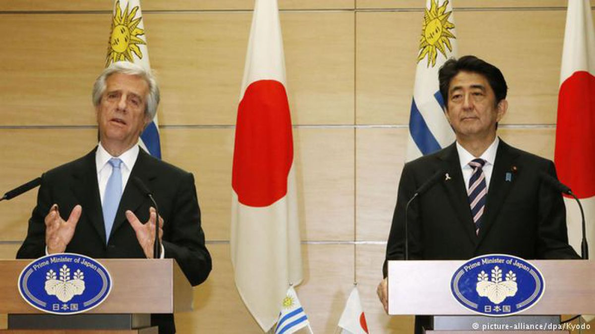 En Japón, Tabaré Vázquez, presidente de Uruguay, acordó promover entrada en vigor de acuerdos de inversión.