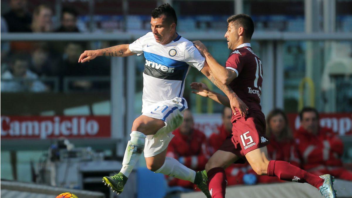 Inter con Gary Medel superó a domicilio al Torino y es líder de la Serie A